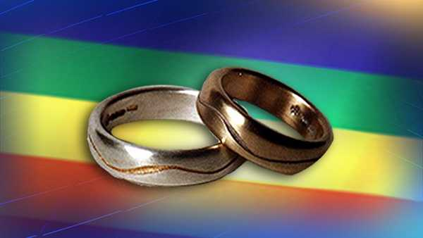 Judge says Kentucky still must pay fees in gay marriage case