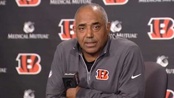 Bengals coach Marvin Lewis returns to training camp, issues statement