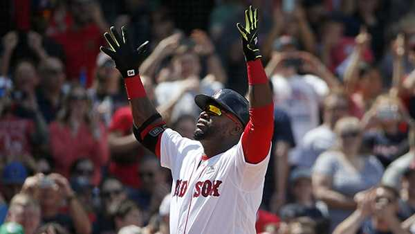 David Ortiz puts on a show as Red Sox beat Astros in 11