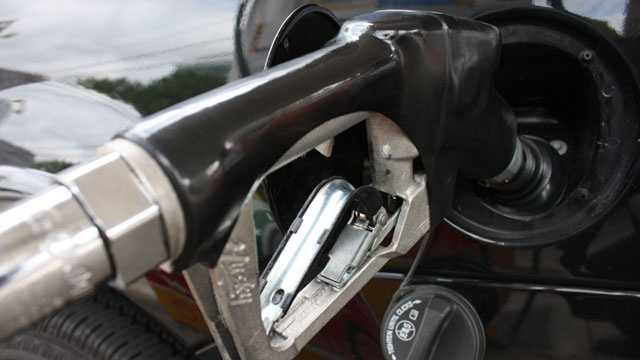 Rhode Island gas prices down 3 cents per gallon