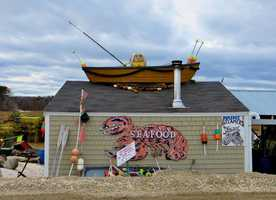 4. Petey's Summertime Seafood in Rye