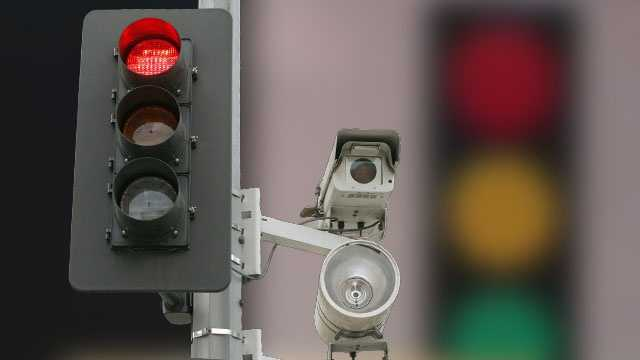 City commissioners decided Tuesday night 15 cameras at four intersections will start rolling again in Boynton Beach.