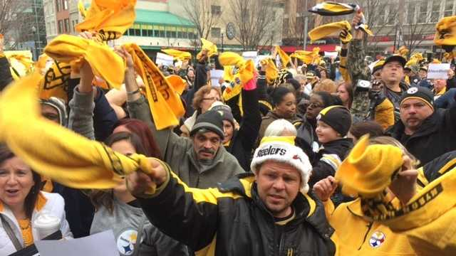Steelers rally  fans
