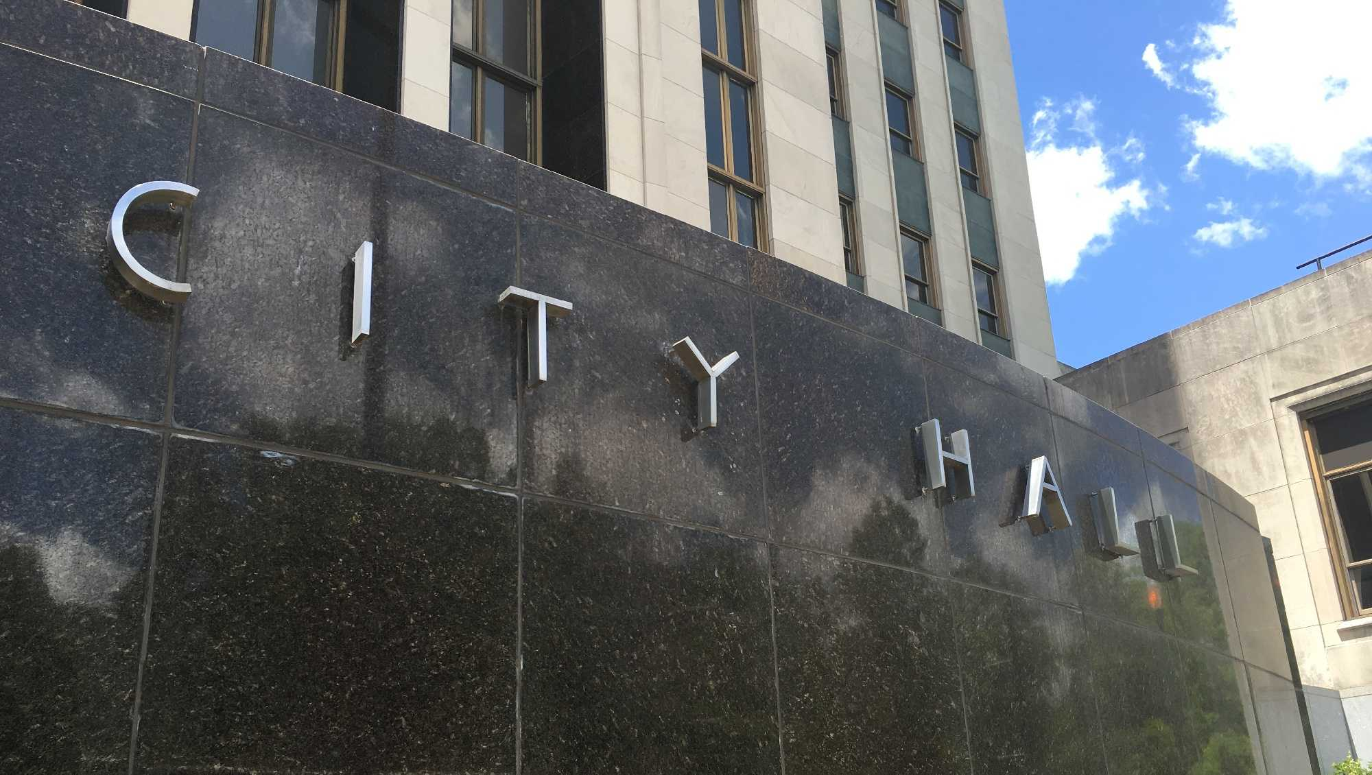 Birmingham city hall.JPG