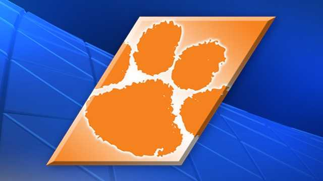Clemson's Ferrell returning for senior season