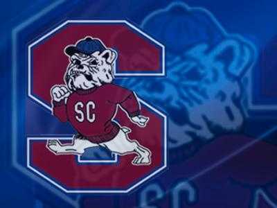 South Carolina State player collapses on sideline