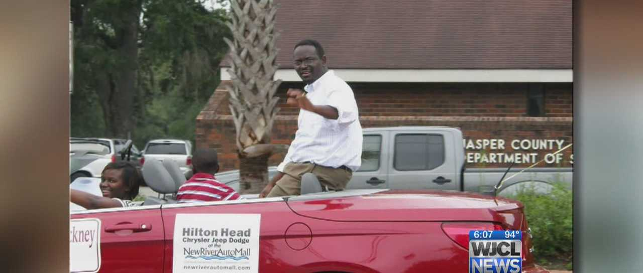 A prayer rally is held Thursday in Ridgeland and residents grieve the death of Clementa Pinckney.