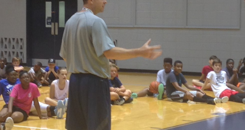 Georgia Southern holds basketball camp