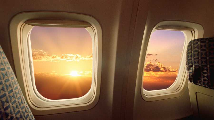 Plane windows