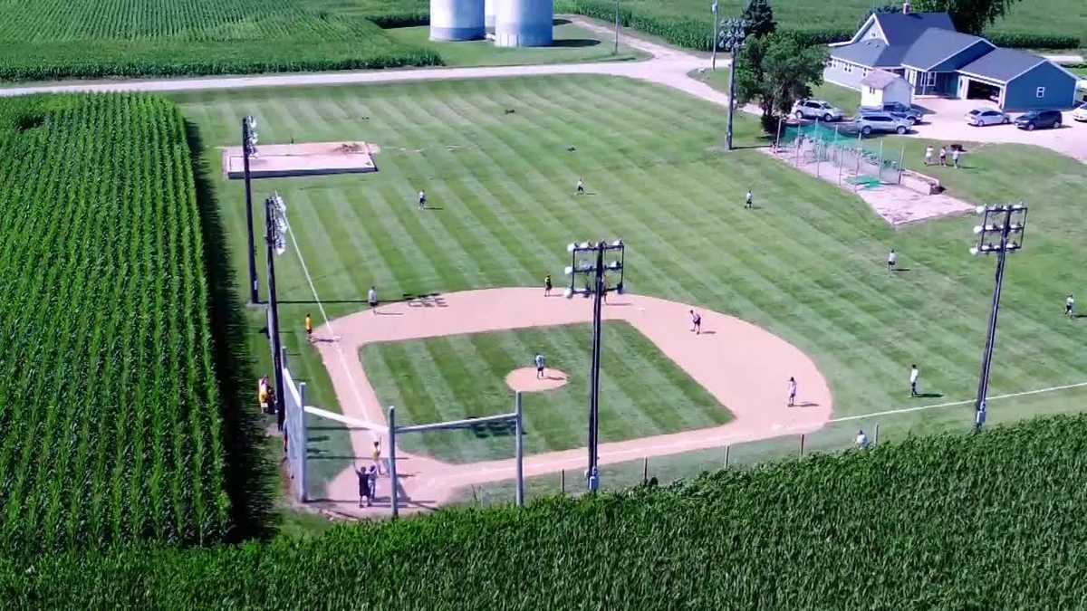 Iowan builds a 'field of dreams' in his own backyard