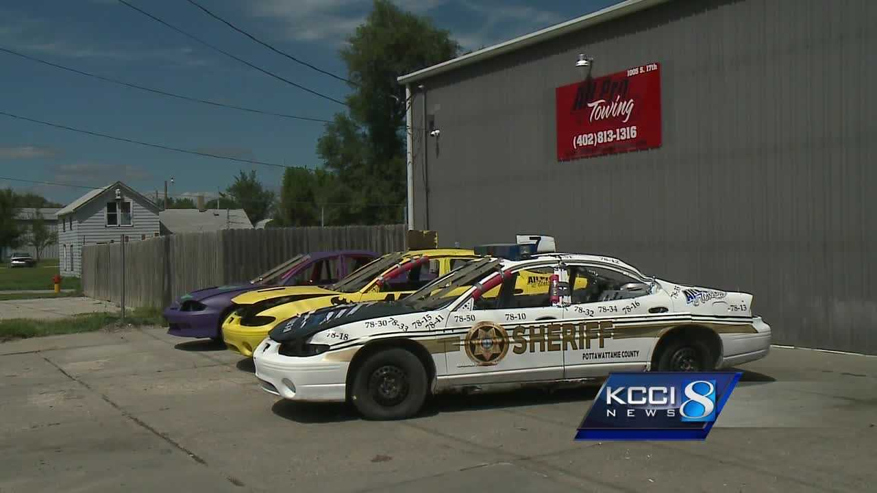 The Latest: Deputy killed in California plane crash