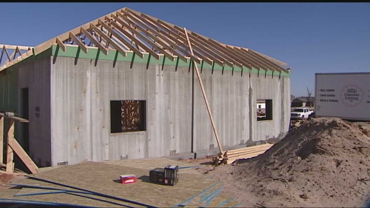 Oklahoma contractor building 39 tornado proof 39 home for Building a house in oklahoma