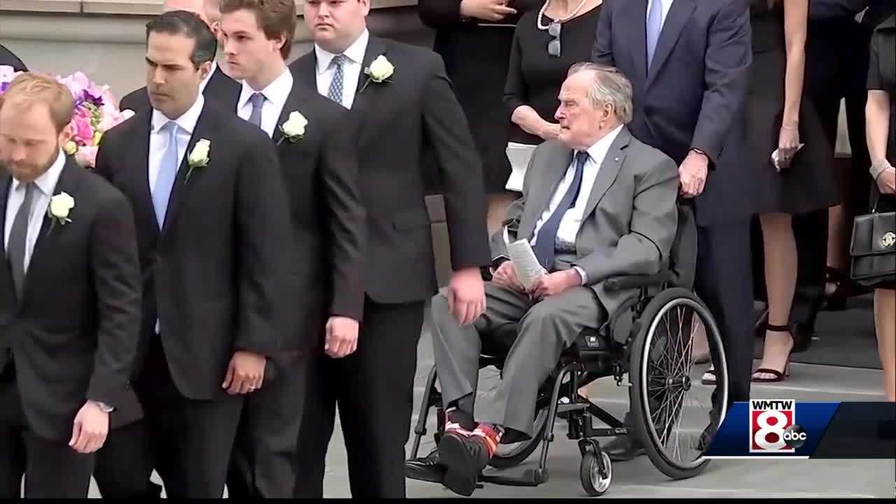 George HW Bush 'responding and recovering,' spokesman says