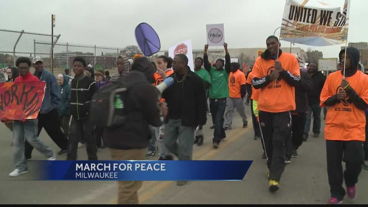 Dozens march for peace in MilwaukeeMarch For Peace