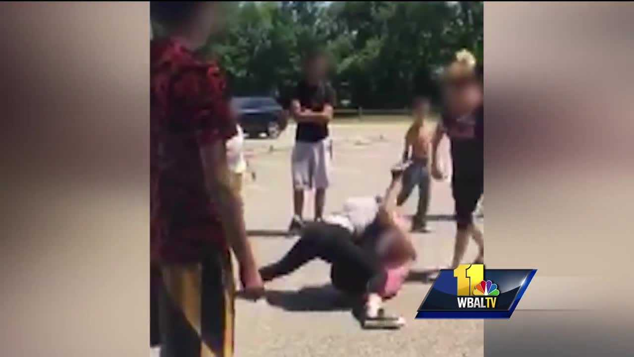 Video: Mother seen getting involved in students' fight